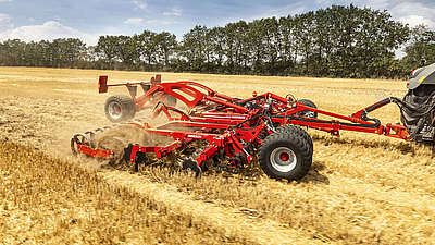 Horsch Joker RT - COMPACT DISC FOR STUBBLE CULTIVATION AND SEEDBED PREPARATION