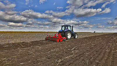 Horsch Joker CT - COMPACT DISC FOR STUBBLE CULTIVATION AND SEEDBED PREPARATION